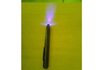 Bat Operated Fluorescent Torch